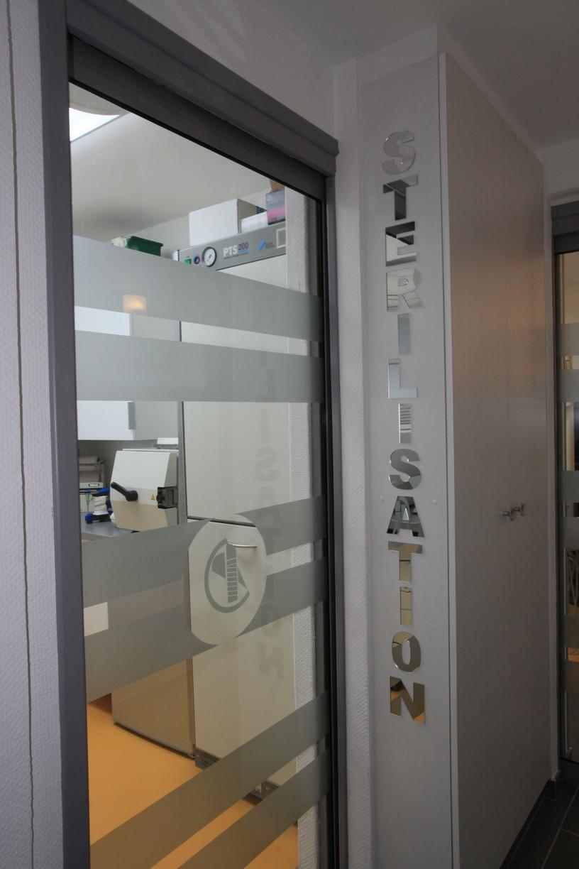 le cabinet dentaire cannes 06400 dentiste dr jean marie courdacy. Black Bedroom Furniture Sets. Home Design Ideas